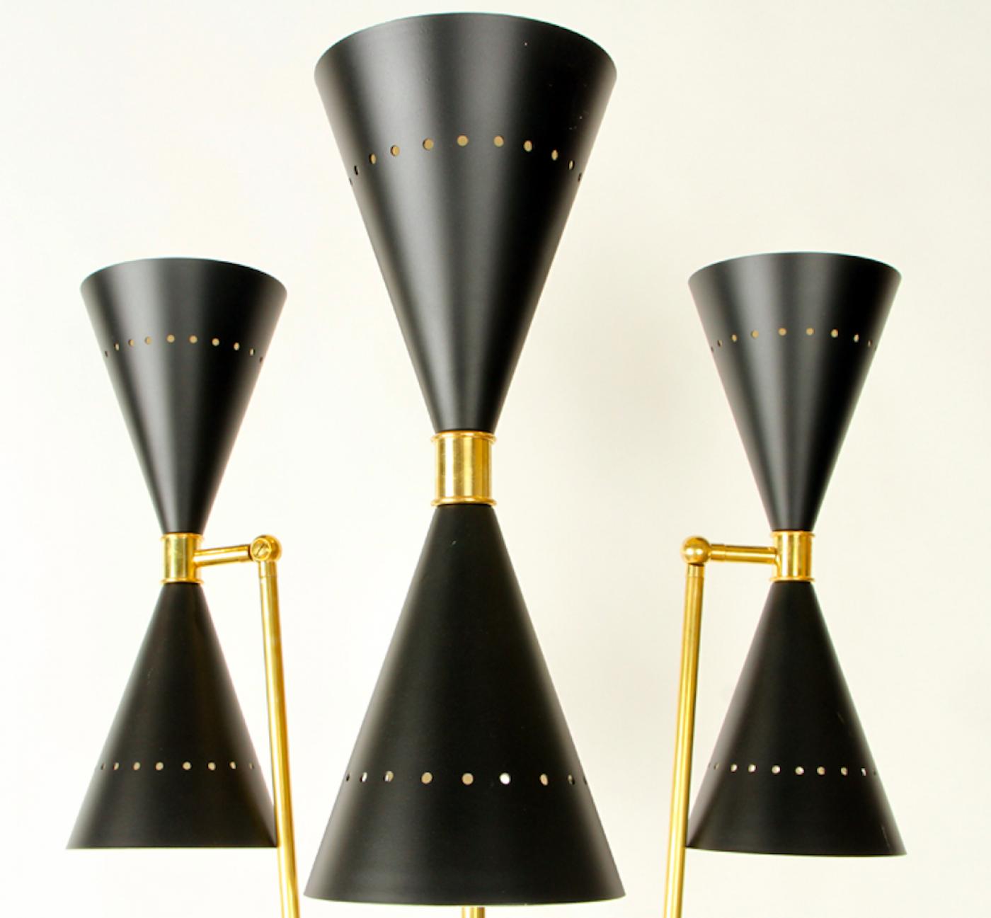 An Italian brass floor lamp in the manner of Stilnovo