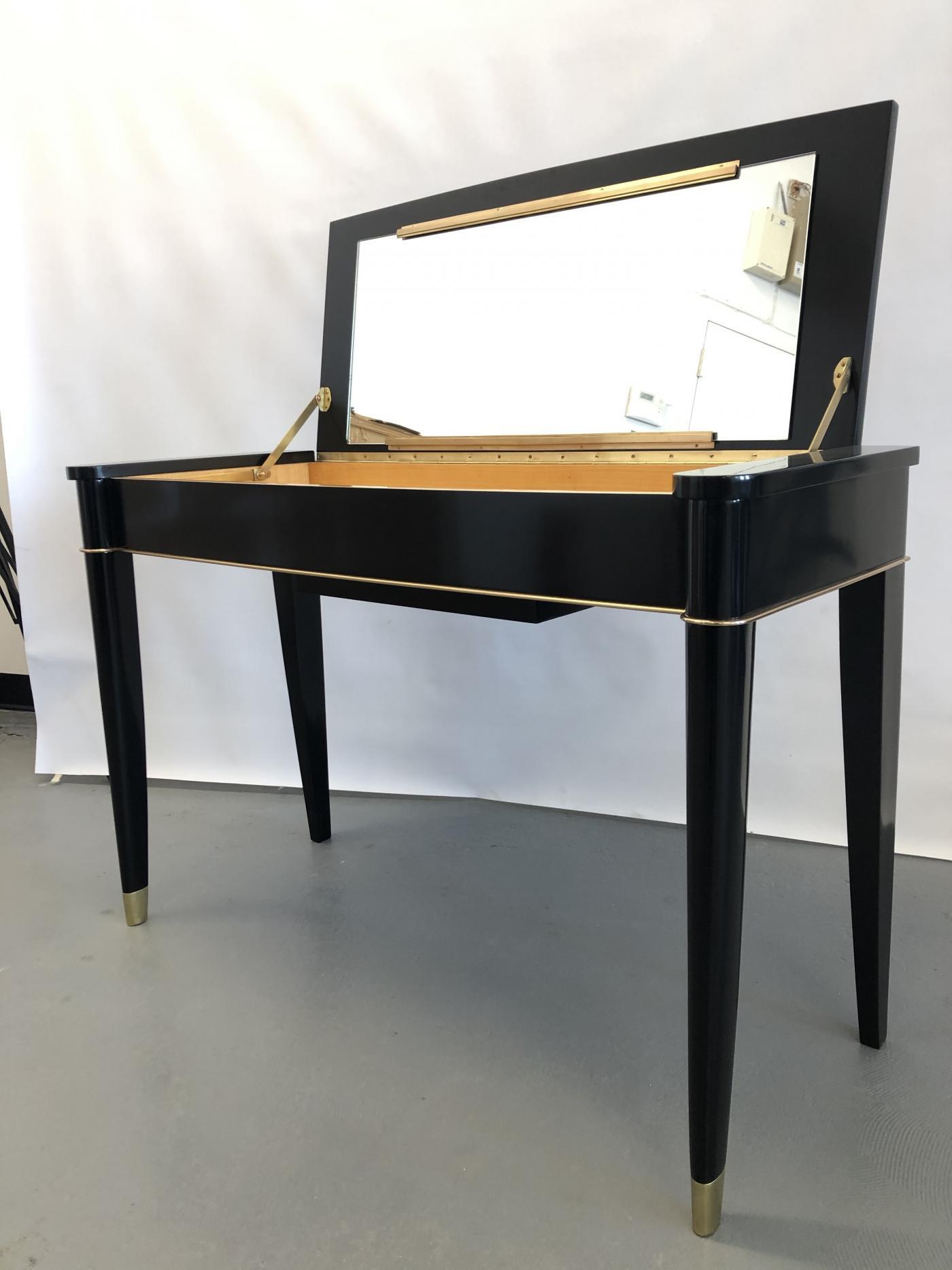 A De Coene Frères designed Art Deco Vanity