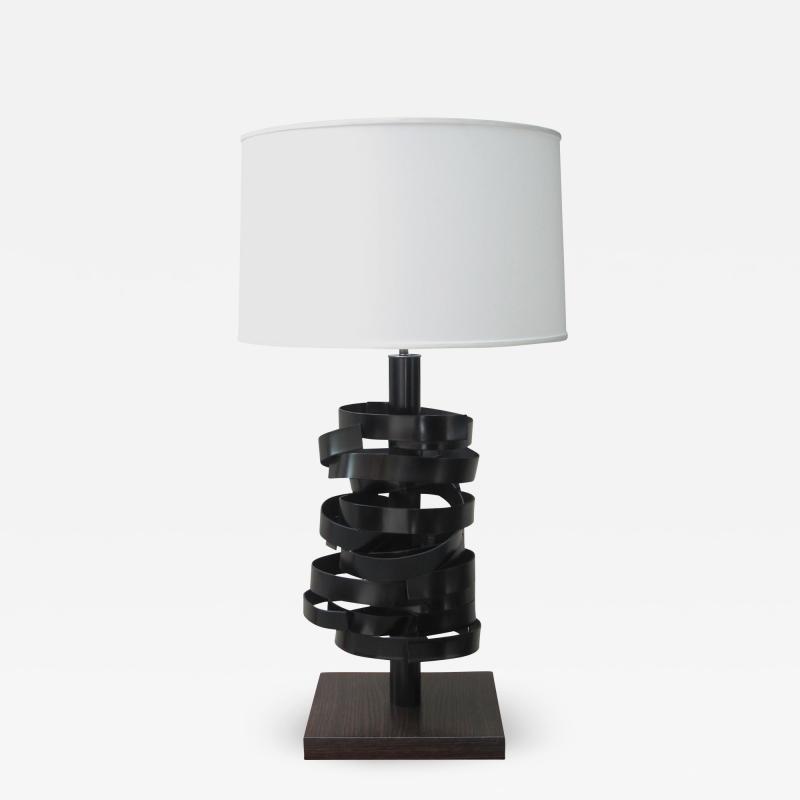 A sculptural table lamp